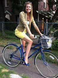 NOT GrüneStrasse Bike to Work Attire